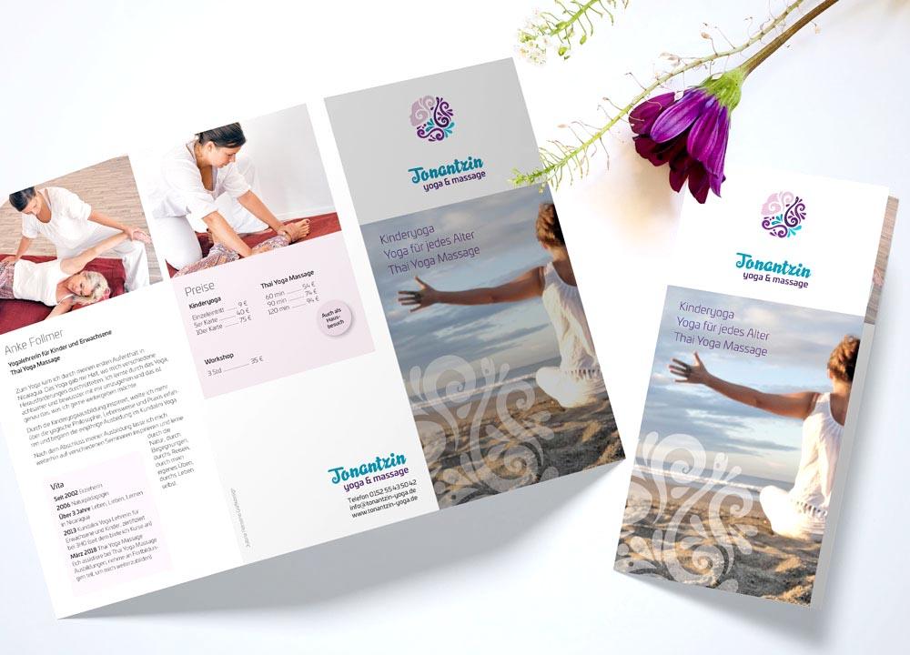 Flyer Design für Tonantzin Yoga